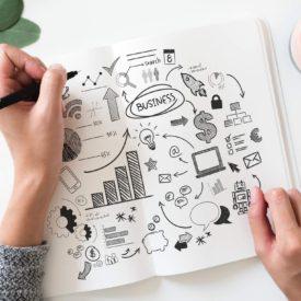 Strategi som lille virksomhed er vigtigt. Bliv klogere her. Business by you. Introvert og selvstændig